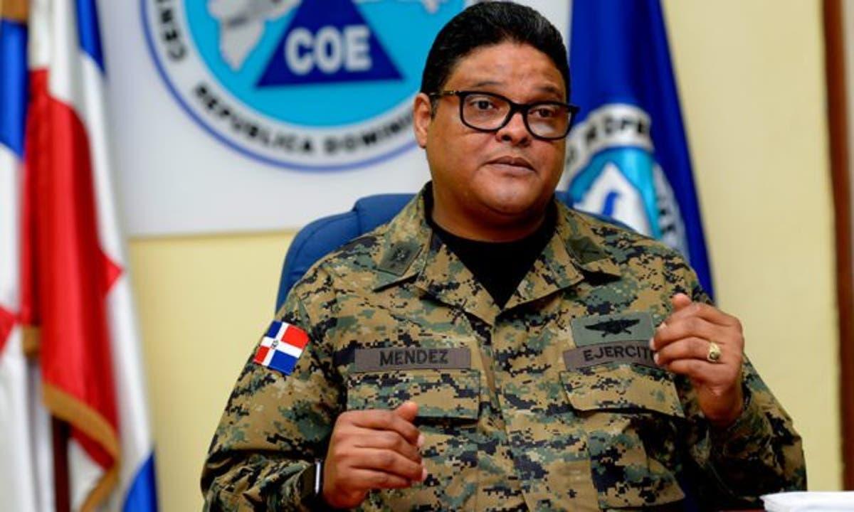 COE mantiene alerta roja para 14 provincias por tormenta Isaías