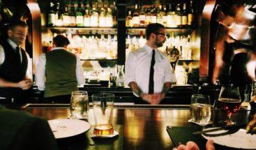 Propietarios de bares y restaurantes dicen cientos de empleados podrían perder su trabajo