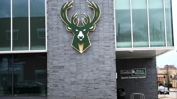 Bucks cierran sus instalaciones de práctica tras conocerse nuevos casos de coronavirus