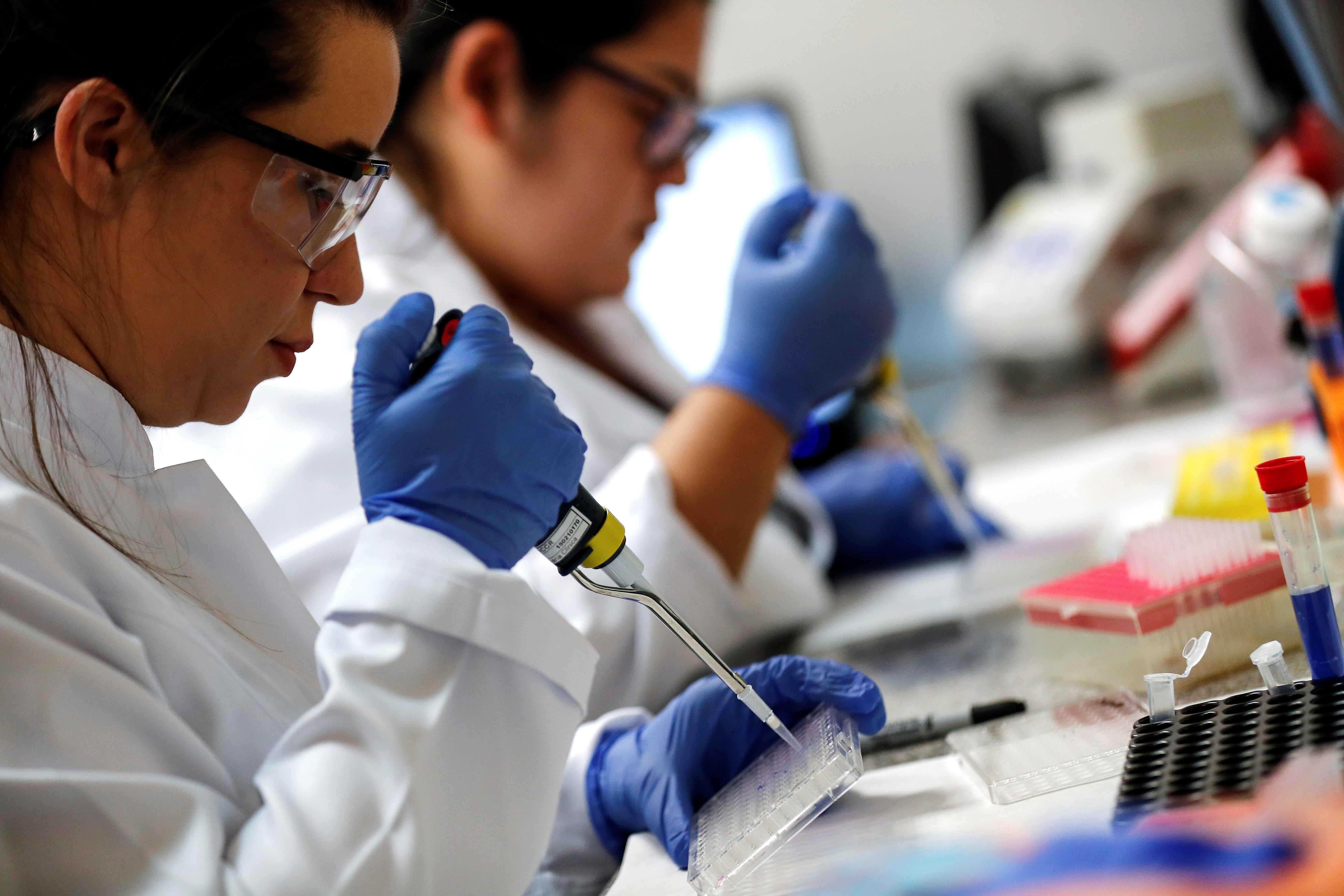 Brasil autoriza ensayos de la vacuna contra COVID-19 de una empresa china