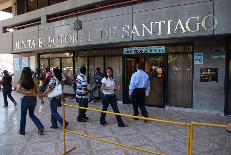 Solicitarán prisión preventiva contra involucrados en robo a Junta de Santiago