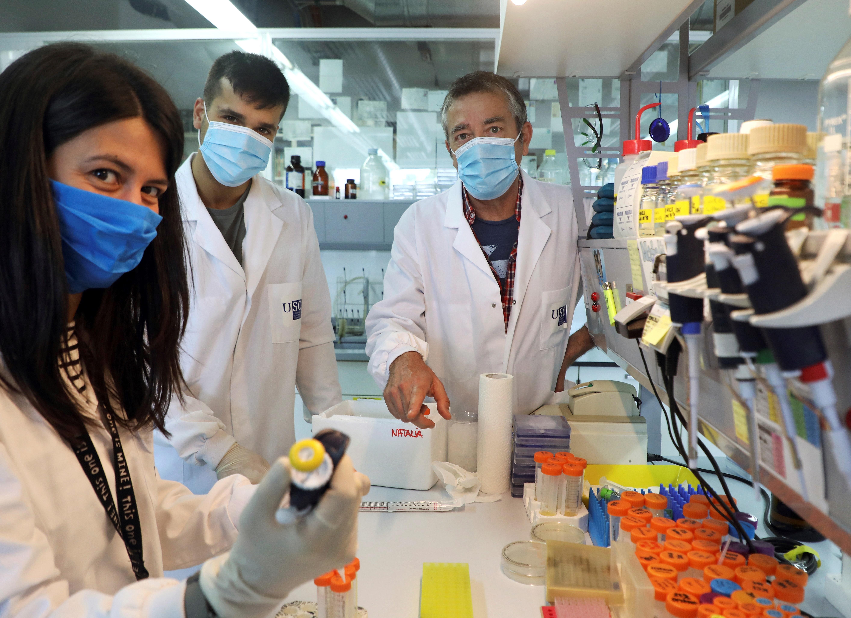 Pies de plomo en busca de una vacuna eficaz y segura contra la COVID-19