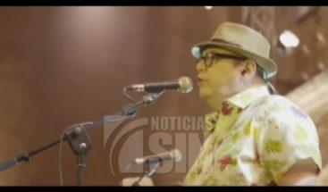 El cantautor Janio Lora recordó hoy el paso por la vida del fenecido cantautor Victor Victor