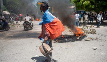 La Policía haitiana dispersa por la fuerza una protesta contra la violencia