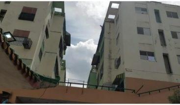Residentes en avenida México llaman al MSP intervenir edificio ante varios casos de COVID