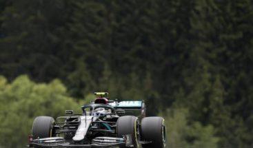 Escudería Mercedes con problemas en caja de cambios