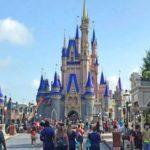 Mickey Mouse abre su casa en Florida a pesar de la amenaza de la COVID-19