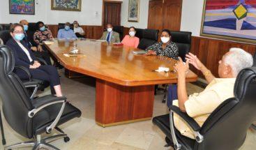 Superintendente de Seguros reúne directores para comisión de transición
