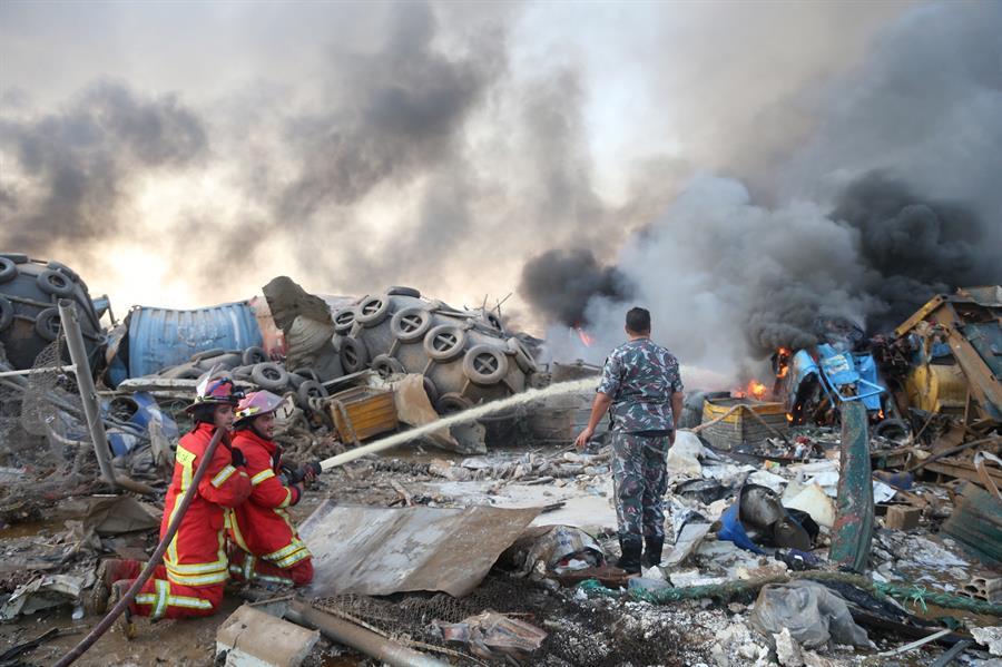 Suben a 63 muertos y 3,000 heridos por la explosión en el puerto de Beirut