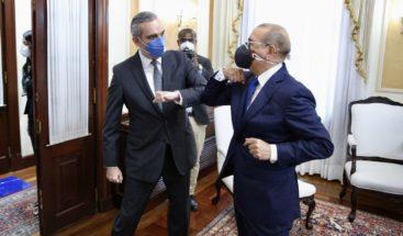 Lluvias de críticas en contra de Medina continúan; Congreso se prepara para traspaso presidencial