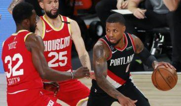 Rockets no están seguros que Westbrook pueda comenzar los playoffs
