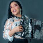 Merenguera María Díaz responde bien a tratamiento tras dar positivo al COVID-19