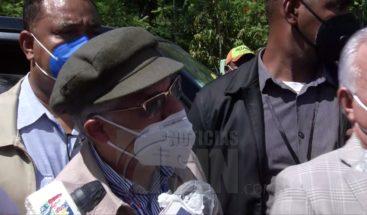 Alcalde encabeza protesta en inauguración terminal autobuses SDE