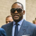 Imputan a mánager de R.Kelly por amenazar a un cine que emitía su documental