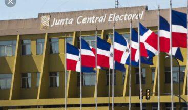 JCE solicita reporte de gastos de campaña a candidatos presidenciales de julio