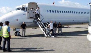 Repatrían a 78 dominicanos que cumplieron condenas en EE.UU.