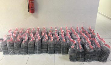 DNCD decomisa 298 paquetes presumiblemente de cocaína en la provincia Peravia