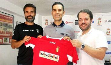 Rafael Márquez comienza carrera como entrenador en España