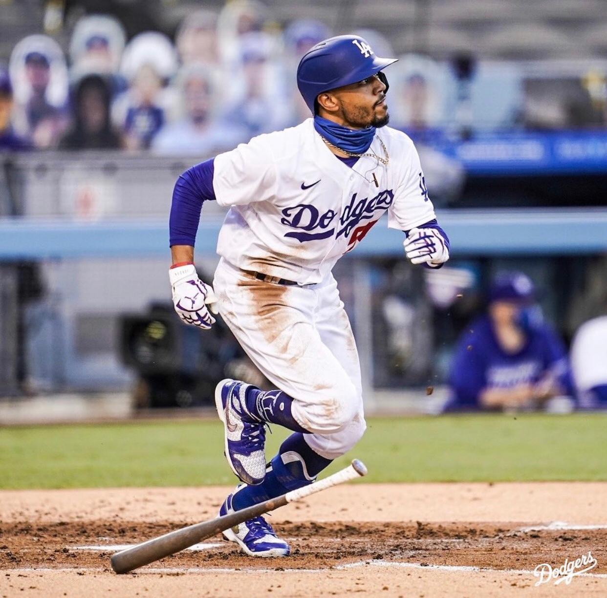 Betts dispara 3 HRS en el triunfo de los Dodgers sobre Padres