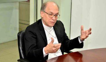 Obispo Víctor Masalles deplora policía se vistiera de sacerdote en incidente con secuestrador en Cotuí