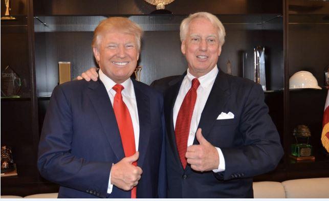 Hospitalizan en Nueva York el hermano menor de Donald Trump