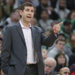 Brad Stevens firma extensión de contrato con los Celtics