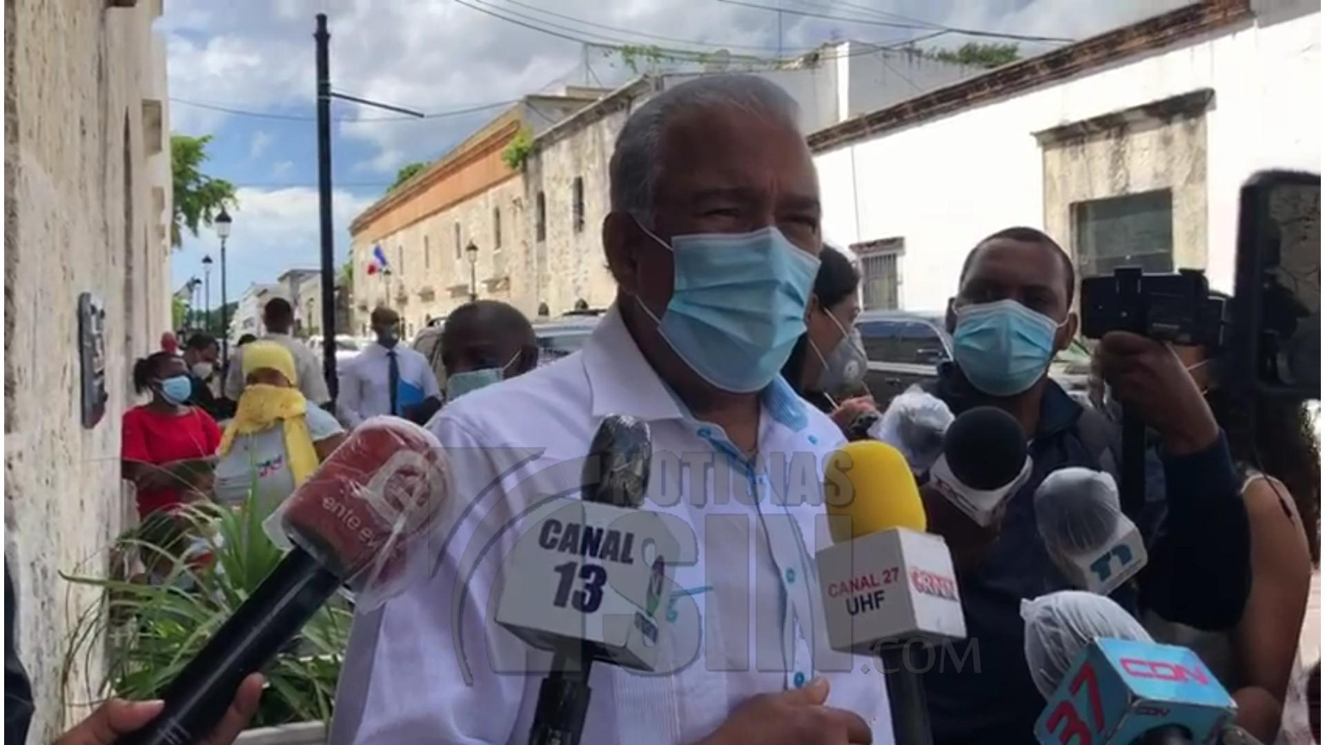 Andrés Bautista reta a Medina a salir a las calles el lunes