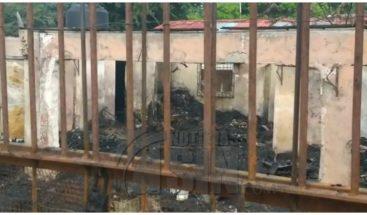 Incendio destruye dos negocios en Gurabo