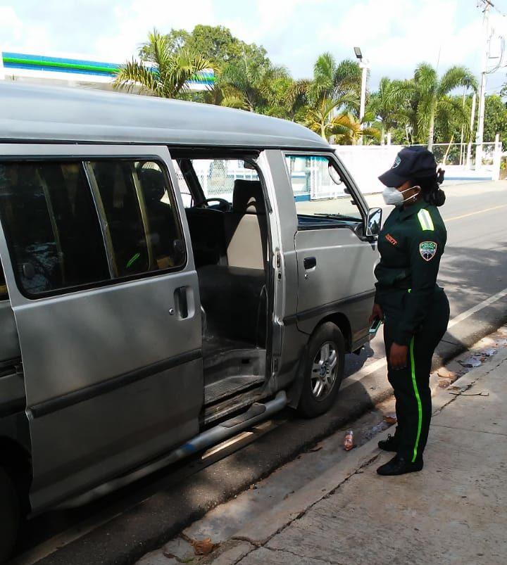 DIGESETT supervisa cumplimiento medidas de distanciamiento físico en transporte urbano e interurbano