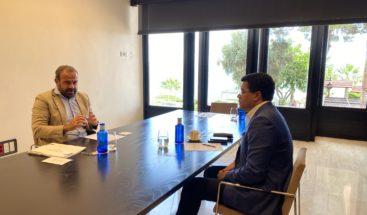 Collado se reúne en España con cadenas hoteleras; Abinader participa en diálogo con Grupo Meliá