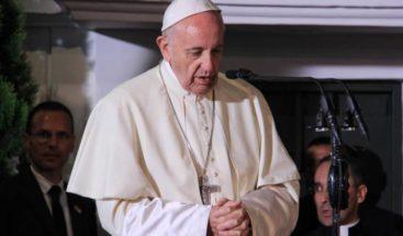 El papa afirmó que para conseguir la paz hay que destruir las armas nucleares