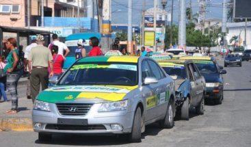 Mario Díaz llama a dejar sin efecto aumento en el pasaje en transporte público