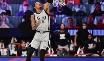 San Antonio vence a los Pelícanos y se acercan a la clasificación de los Playoffs de NBA