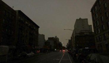 Apagón afecta una gran franja de Manhattan