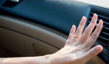 Cómo bajar la temperatura de tu coche antes de conectar el aire