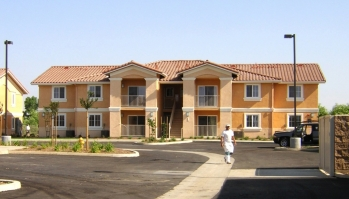 Parkview Village Apartments   Sinanian Development, Inc