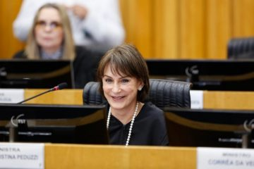 Presidente do TST defende reforma para regulamentar serviços digitais - SINDESEP