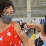 João Pessoa vacina grupos prioritários e aplica 2ª dose nesta terça - SINDESEP