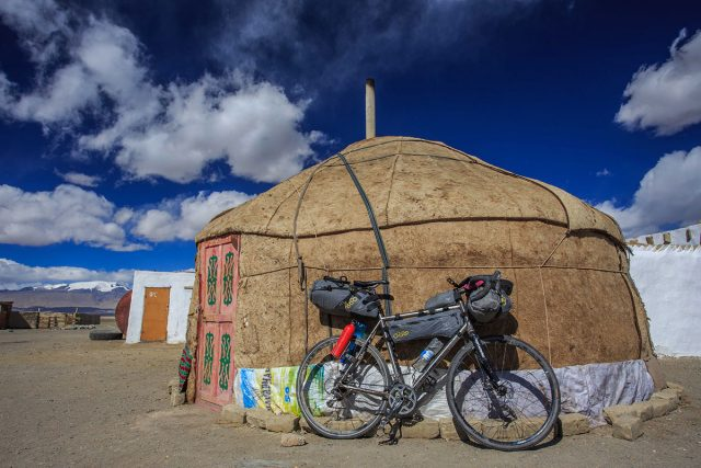 cycling_the_pamirs_h