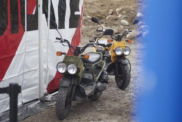 motorbike race pits