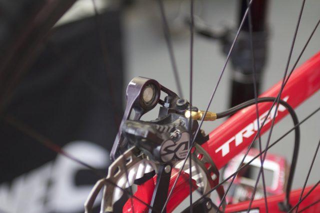 brake silencer custom race pits tech