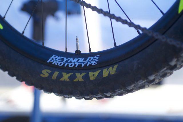 reynolds prototype carbon rim