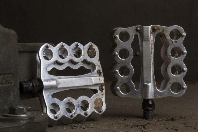 speedplay flat pedal group test issue 113 brass knuckles