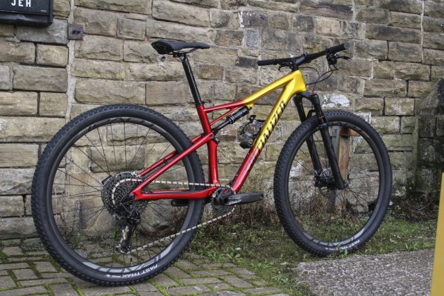 specialized epic expert carbon baaw
