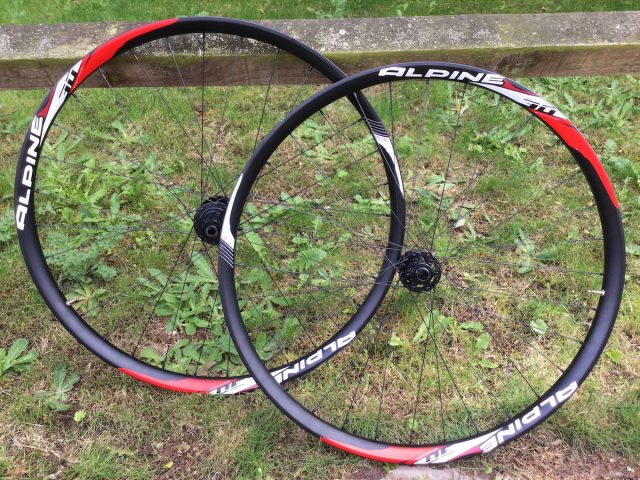 superstar components alpine trail wheels 29in tubeless