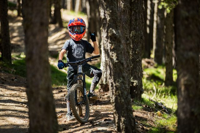Commencal Junior Cartel
