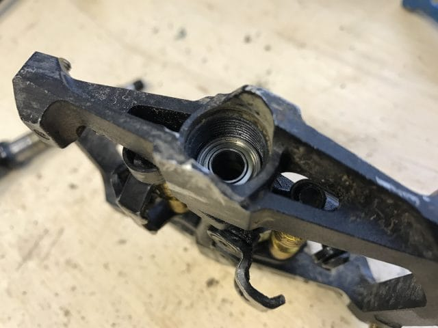 xpedo gfx clip in pedals axle grease bearing
