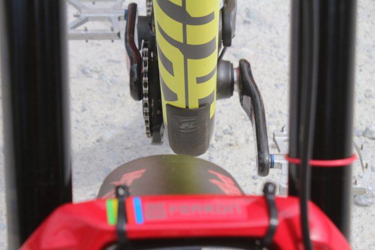 kona operator downhill bike boxxer
