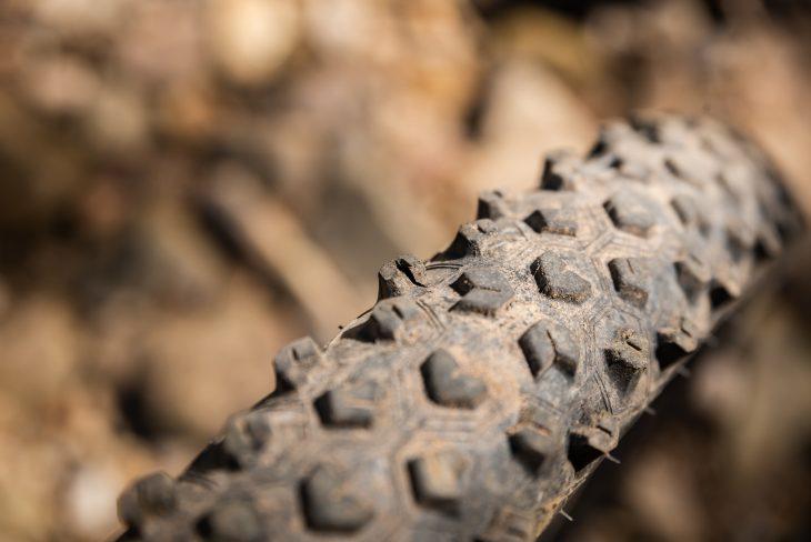hutchinson taipan tyre