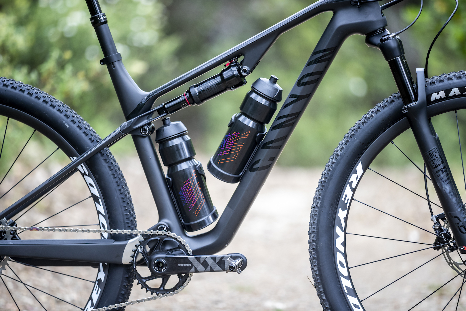 Canyon's new Lux full suspension XC race bike will fit two